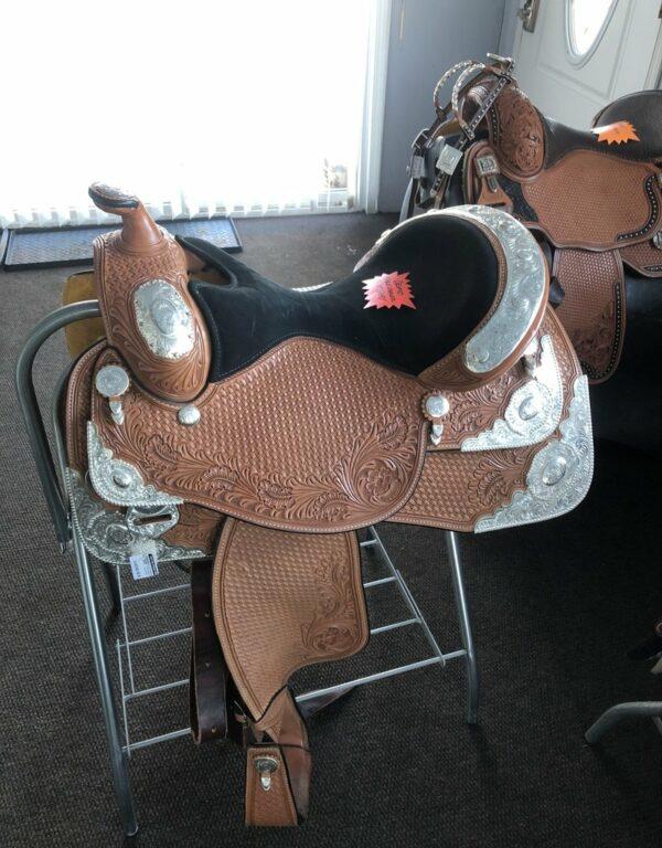 "Dale Chavez used show saddle 16"" 8 corner plater"
